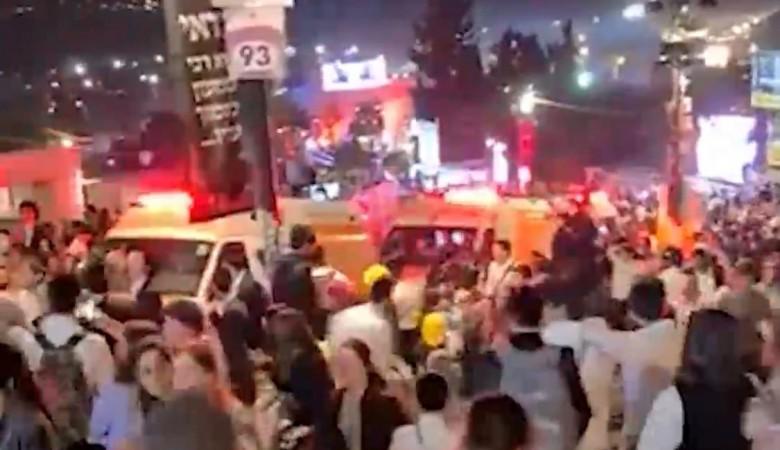 В праздничной давке Израиля погибли 44 человека, пострадали более 100. Тела вывозит армия
