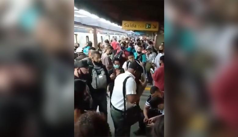 В перестрелке в метро Рио-де-Жанейро погибли больше 20 человек. Видео с места событий