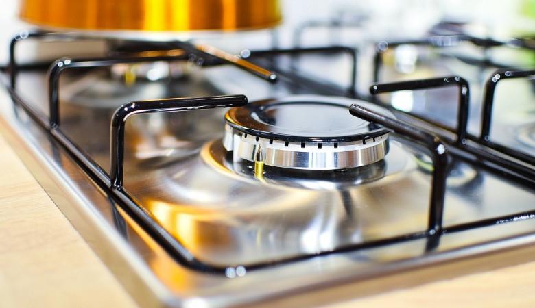 «Газпром» пообещал бесплатно провести газ в небольшие дома
