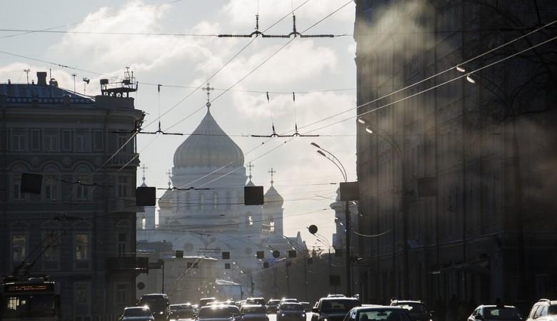 Москва может сохранить ограничения до появления вакцины от коронавируса