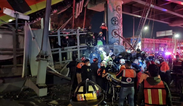 Стала известна причина обрушения метромоста в Мехико