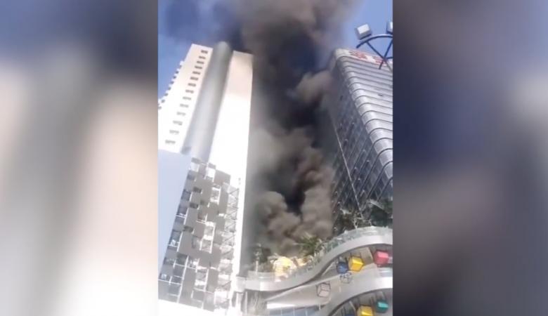 В Китае произошёл крупный пожар в башне Международной торговли