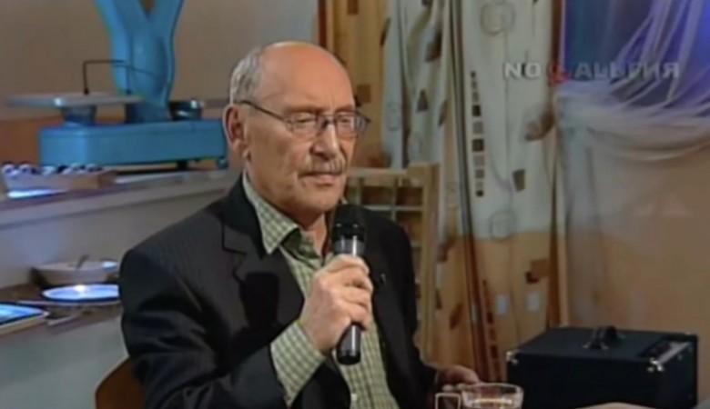 От коронавируса умер советский композитор и автор песни «Носики-курносики» Борис Емельянов