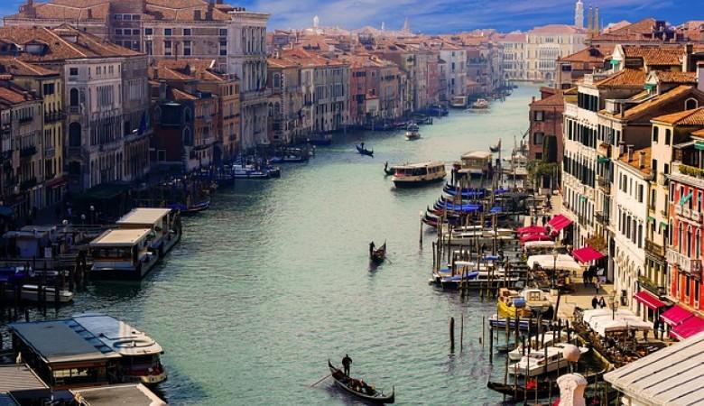Италия обновит россиянам туристические визы