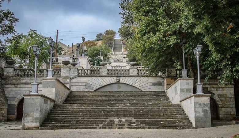В Керчи из-за COVID отменили открытие Митридатских лестниц и все мероприятия ко Дню Победы