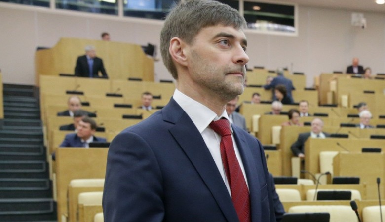 Железняк: Порошенко загоняет экономику Украины в тупик