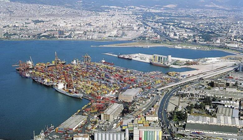 В портах Турции задержаны 27 российских судов