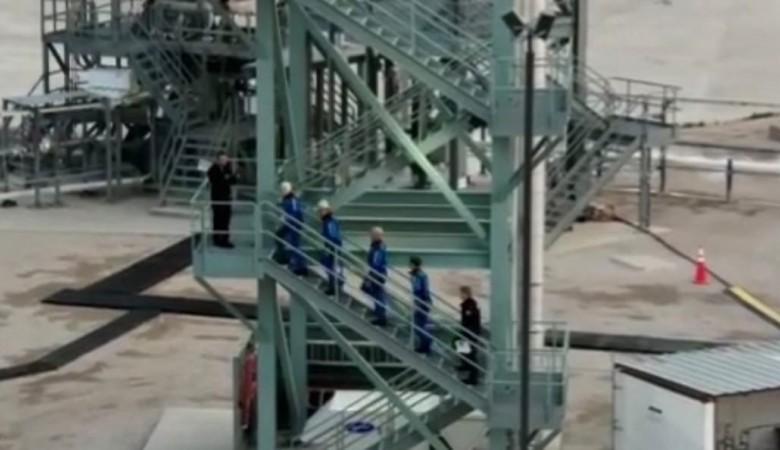 Основатель Amazon Джефф Безос готовится полететь в космос через несколько минут