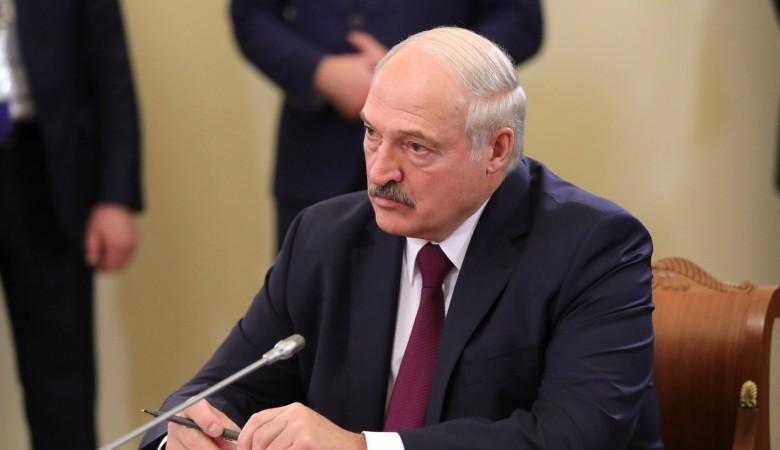 Лукашенко выразил соболезнования жителям Татарстана в связи с трагедией в Казани