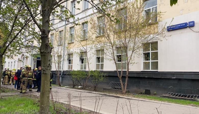 Десять детей пострадали в результате пожара в гостинице «Вечный зов» в Москве