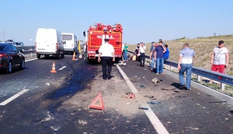 Из-за заснувшего за рулем водителя автобуса погибли 9 человек в Крыму