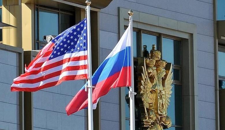 Депутат Рады: Крым передали Украине, чтобы не отдавать США как «Новую Калифорнию»