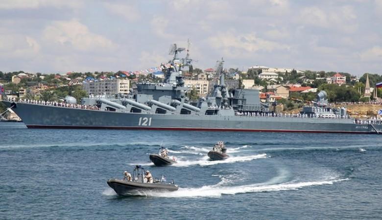 Конкурс кораблей ЧФ «Морской Бриз» проходит в Севастополе