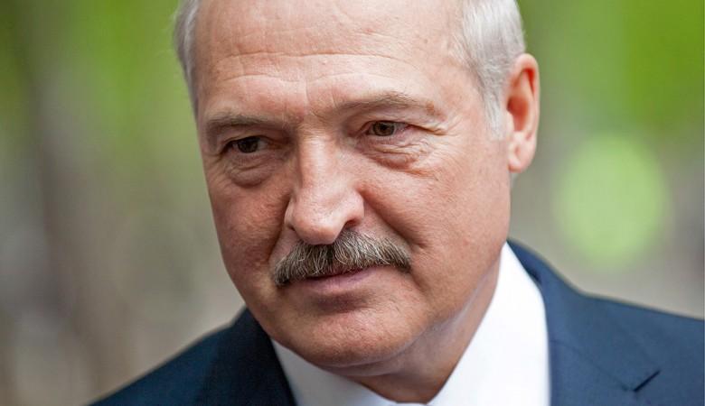 Лукашенко поздравил белорусов и россиян с Днем единения народов