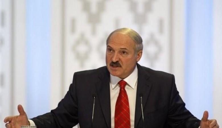 Лукашенко заявил об урегулировании вопроса поставок энергоносителей сРоссией