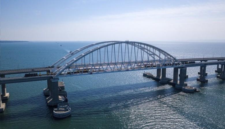 Аксёнов рассказал Путину о роли Крымского моста в увеличении турпотока
