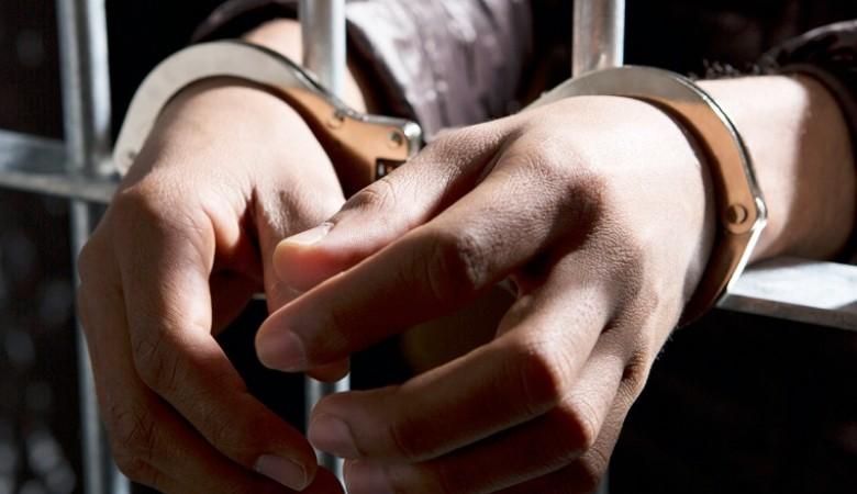 Из-за детских обид в Керчи мужчина насмерть забил родного брата