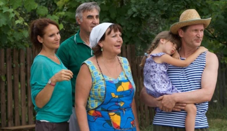 Телезрители отказались смотреть любимый сериал «Сваты» на украинском языке