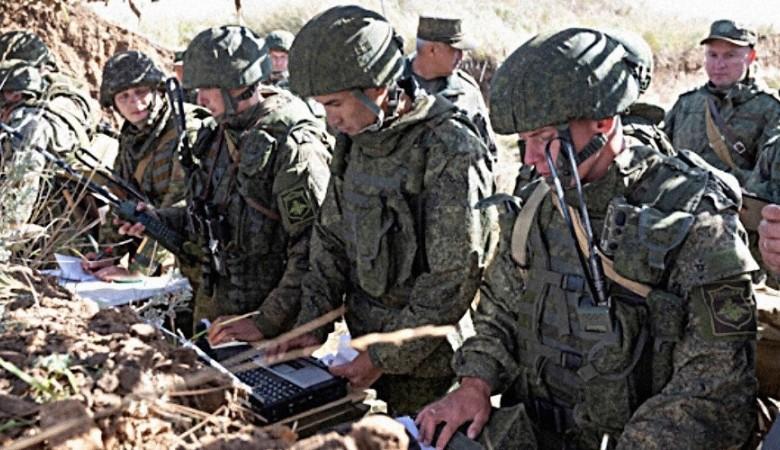 Зенитчики Черноморского Флота проходят учения в море