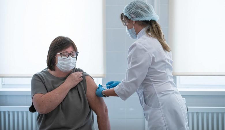 Четверть жителей Севастополя привились от коронавируса