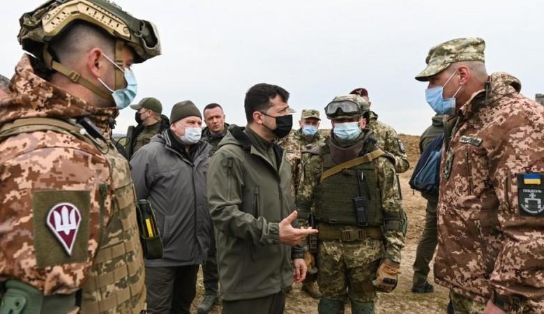 Президент Украины посетил позиции Вооруженных сил страны на границе с Крымом